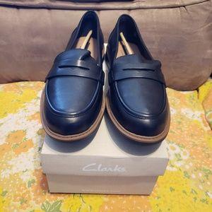 Clarks Leather Raisie Eletta Loafer - Black